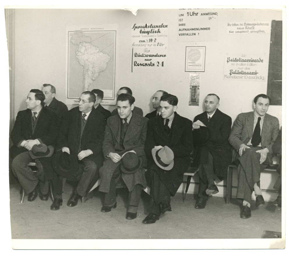 Potential Emigrants at Office of Hilfsverein